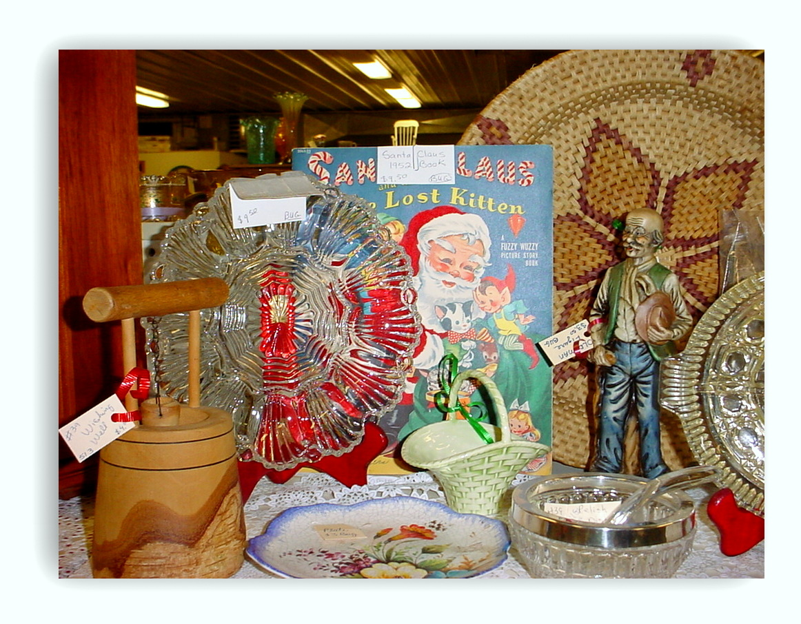 How To Setup An Antique Booth Display Discover Wisconsin Antiques 2019