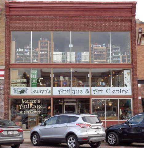 Lauren's Antique and Art Centre
