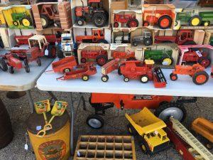 Model Tractors Elkhorn Flea Market